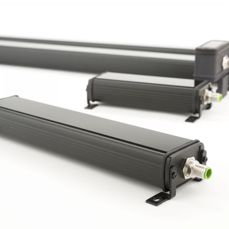 Roll-2-Roll Sensor Line up from 48 mm to 900 mm sensing window